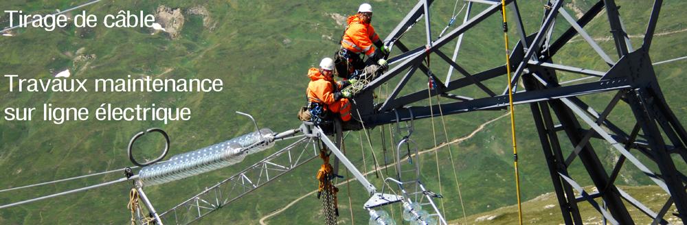 Tirage cable et maintenance ligne électrique par hélicoptère